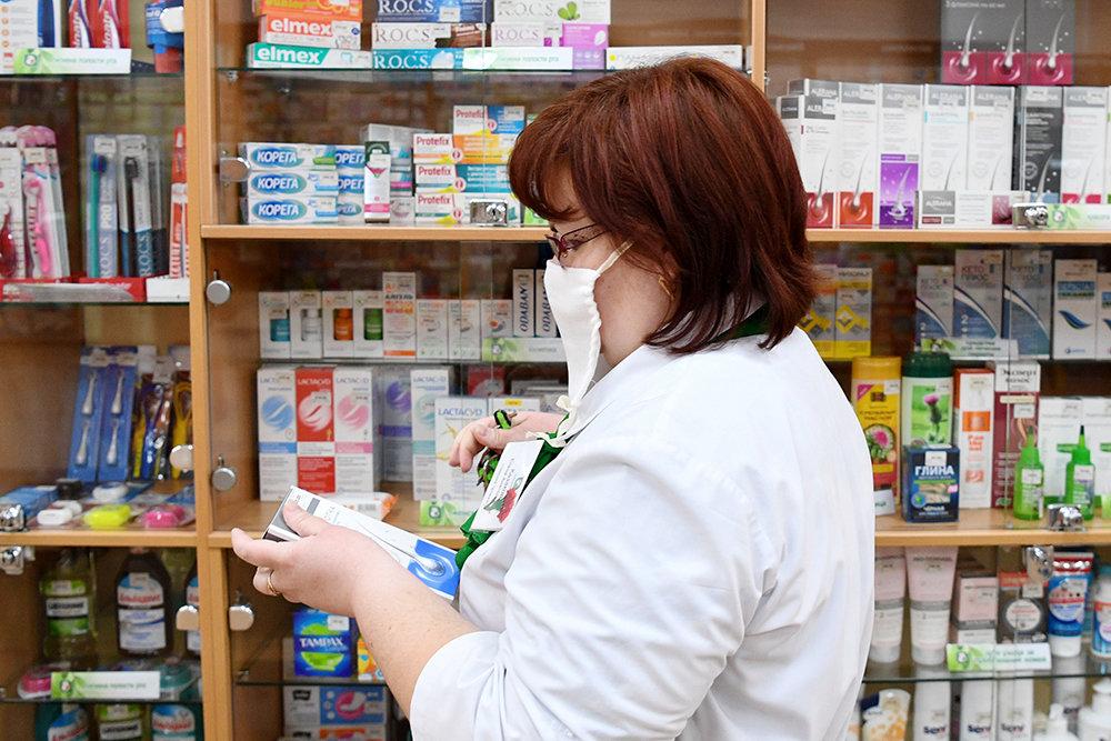 Более 1,6 млрд рублей выделят на бесплатные лекарства для льготников в России