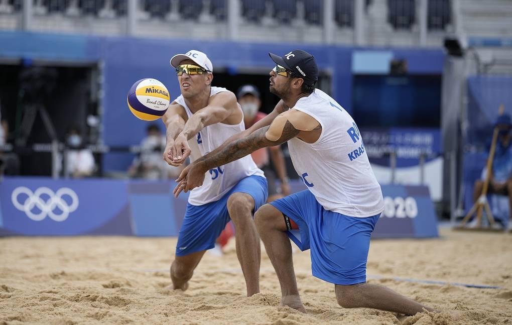 Россияне завоевали первую медаль Олимпиады в Токио по пляжному волейболу