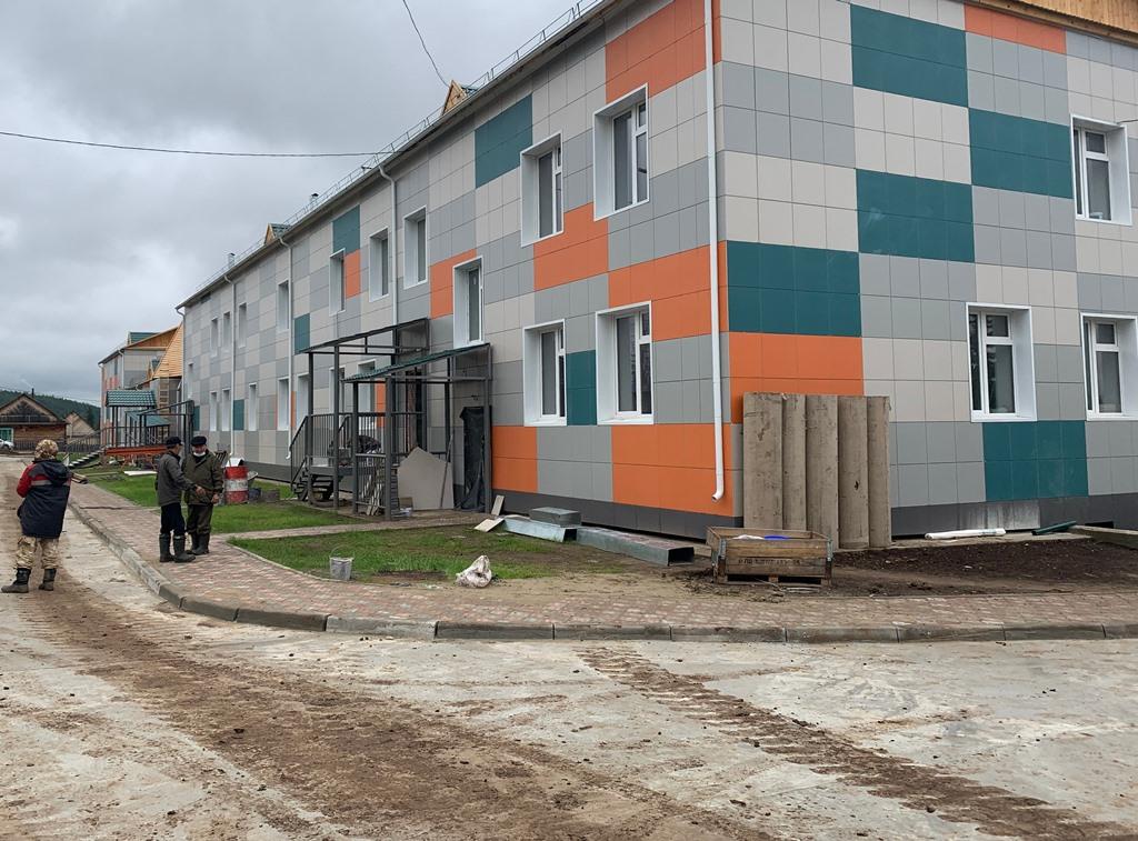 Новую школу достроят к концу сентября в селе Толон Ленского района Якутии