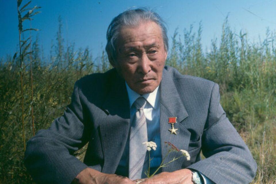 115-летие Суоруна Омоллоона отмечают в Якутии 14 сентября