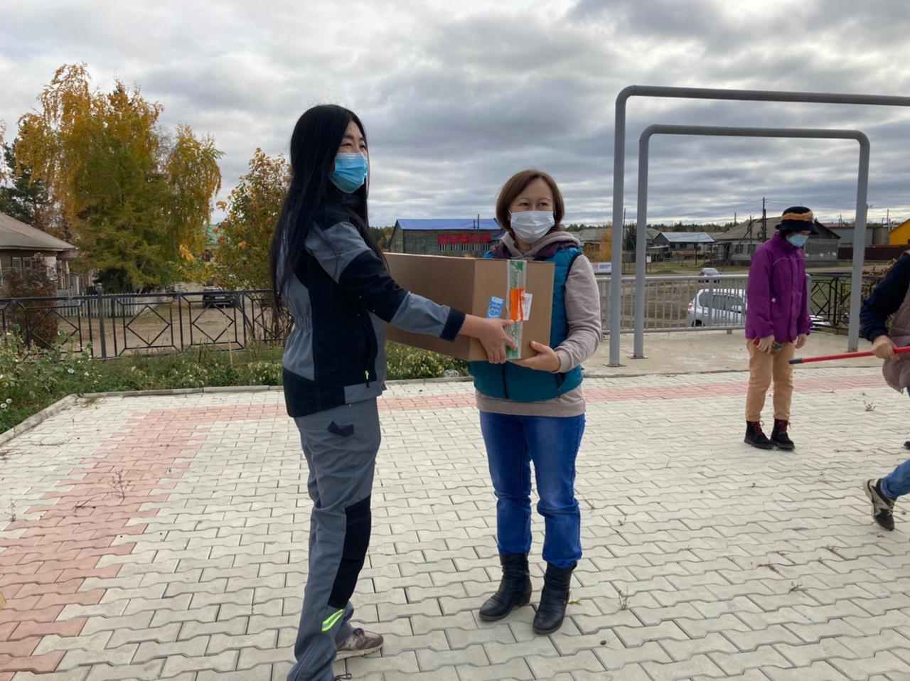 АЛРОСА закупила мобильные лаборатории для якутских школ
