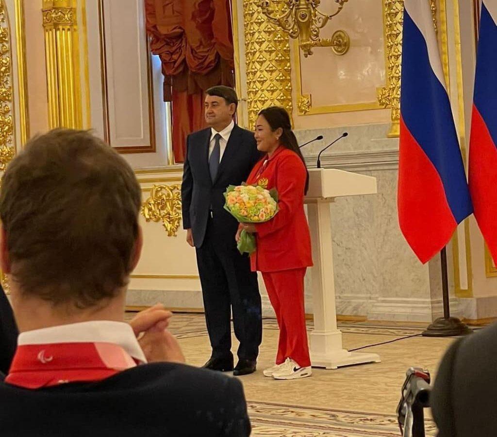 Якутской лучнице Степаниде Артахиновой вручили госнаграду в Кремле