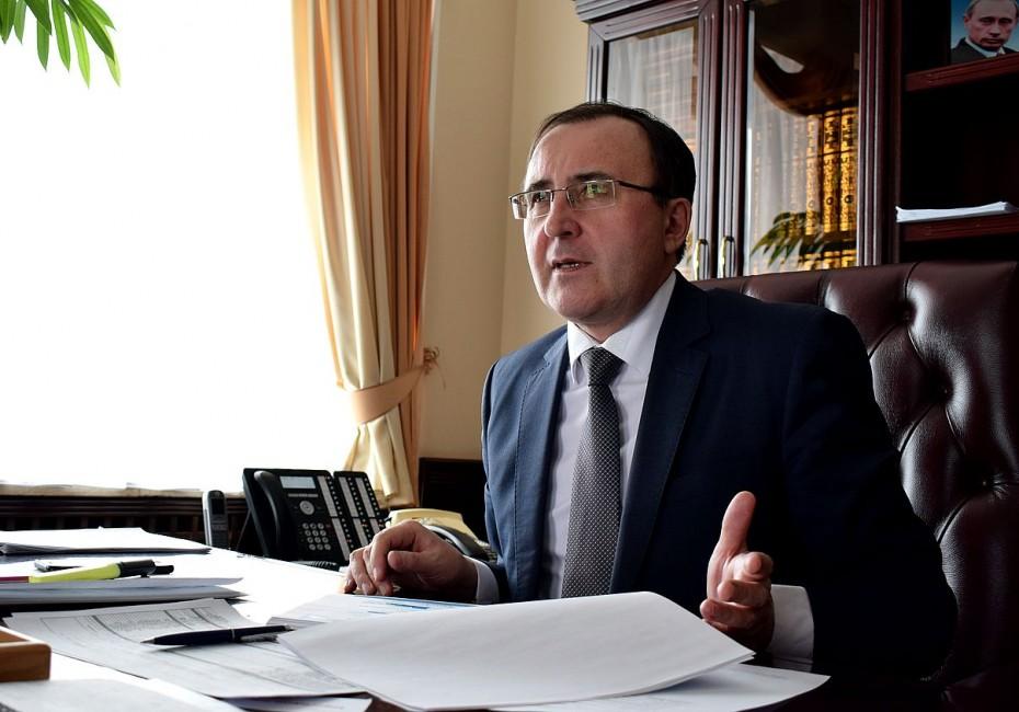 Ришат Юзмухаметов покидает пост главы Мирнинского района Якутии