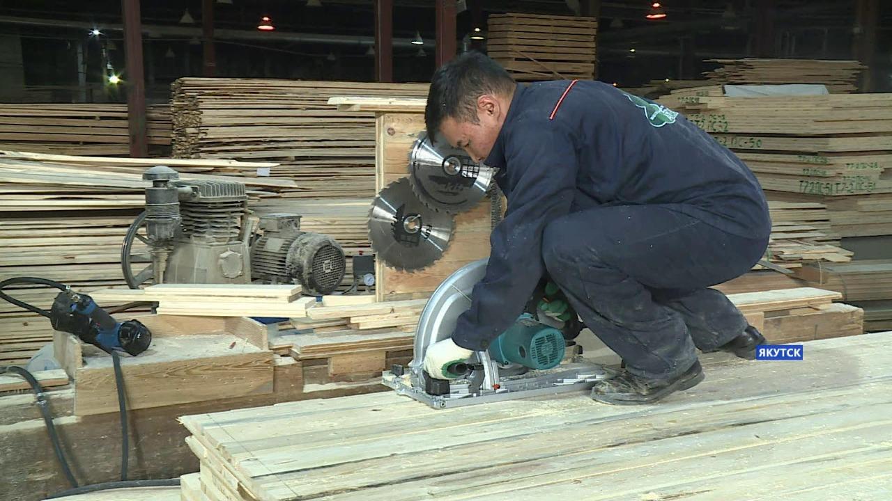 Подрядчик заменил некачественные панели для строительства домов в селе Бясь-Кюель