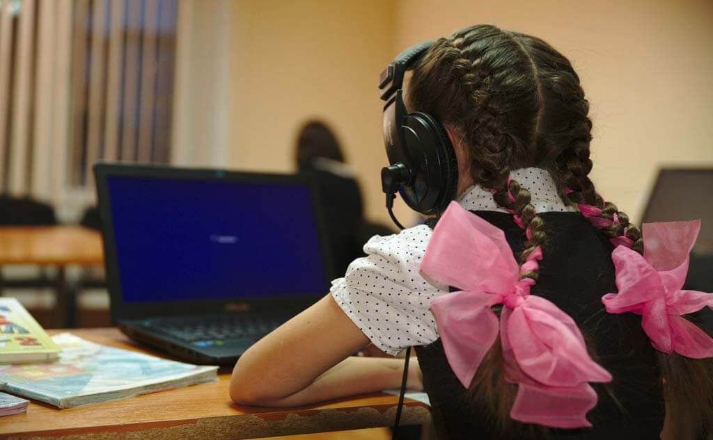 Более 30 школ Якутска перевели на смешанный режим обучения из-за ОРВИ и COVID-19