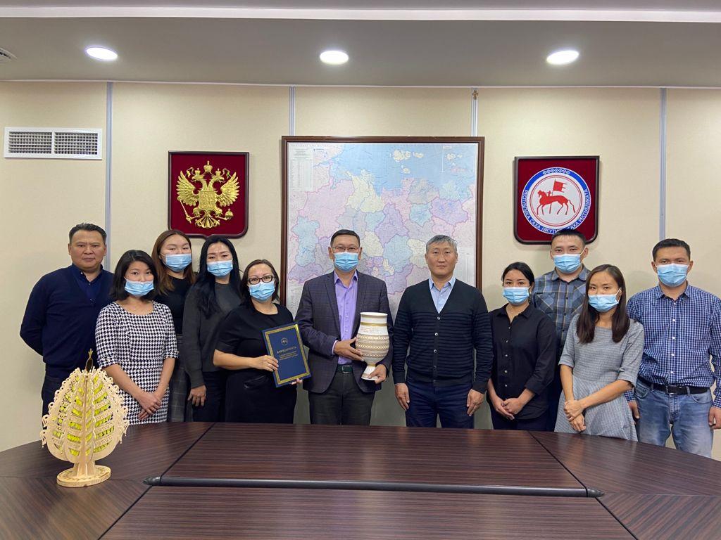 Горный район Якутии поблагодарил Целевой фонд будущих поколений за помощь селу Бясь-Кюель