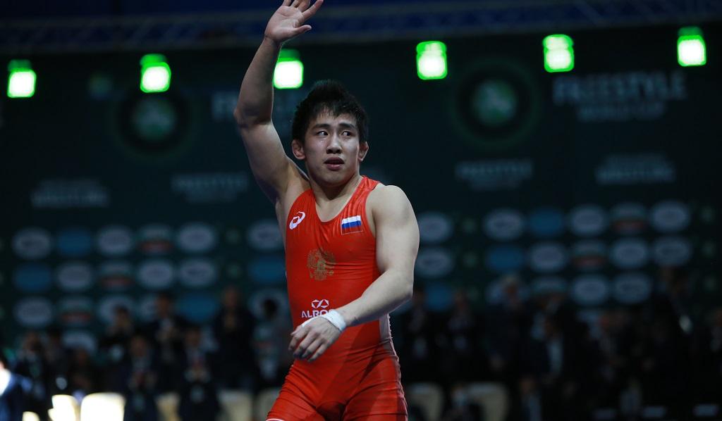 Борец из Якутии Арыйаан Тютрин выиграл бронзу чемпионата мира