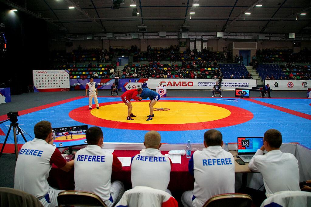 Якутянин выиграл золото всероссийского турнира по боевому самбо