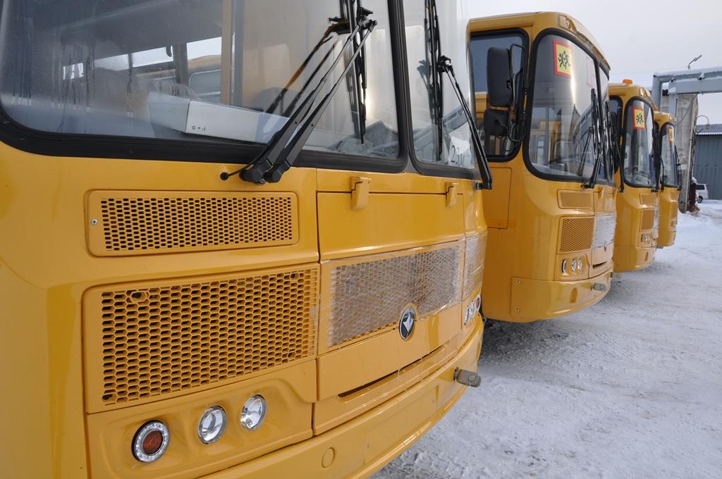Работу общественного транспорта ограничат в якутском Ленске в нерабочие дни