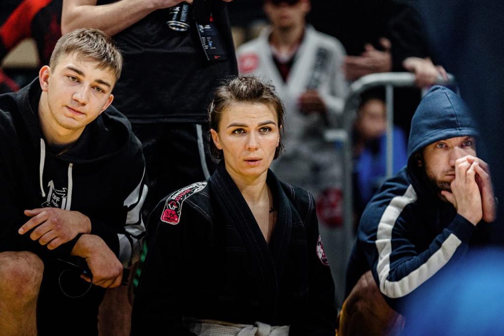 Спортсменка из Якутии взяла две медали турнира по бразильскому джиу-джитсу