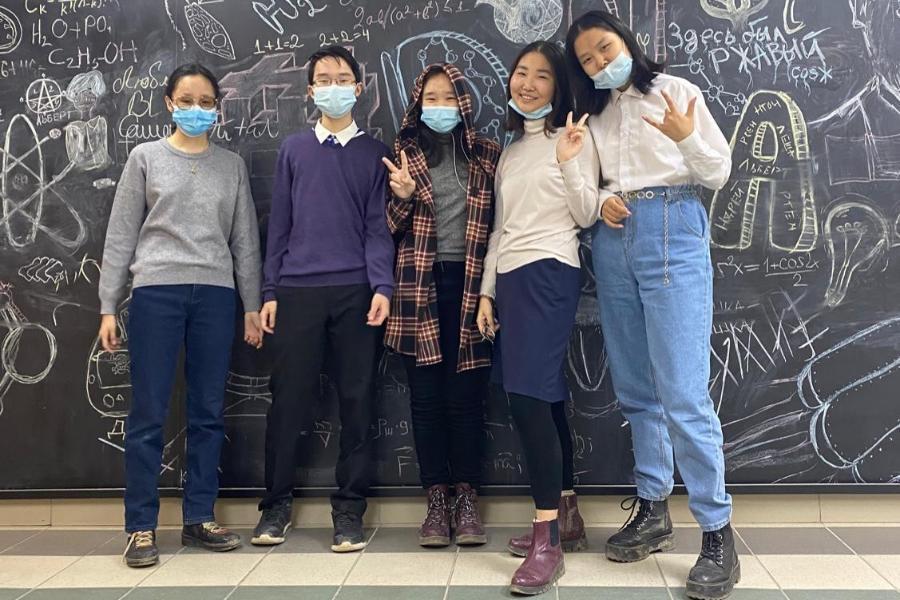 Ученики СУНЦ СВФУ вышли в финал Межрегионального химического турнира