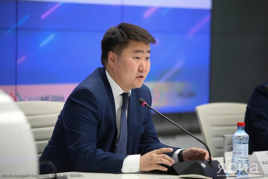 Василий Амбросьев покинул пост руководителя департамента информационной политики Якутии