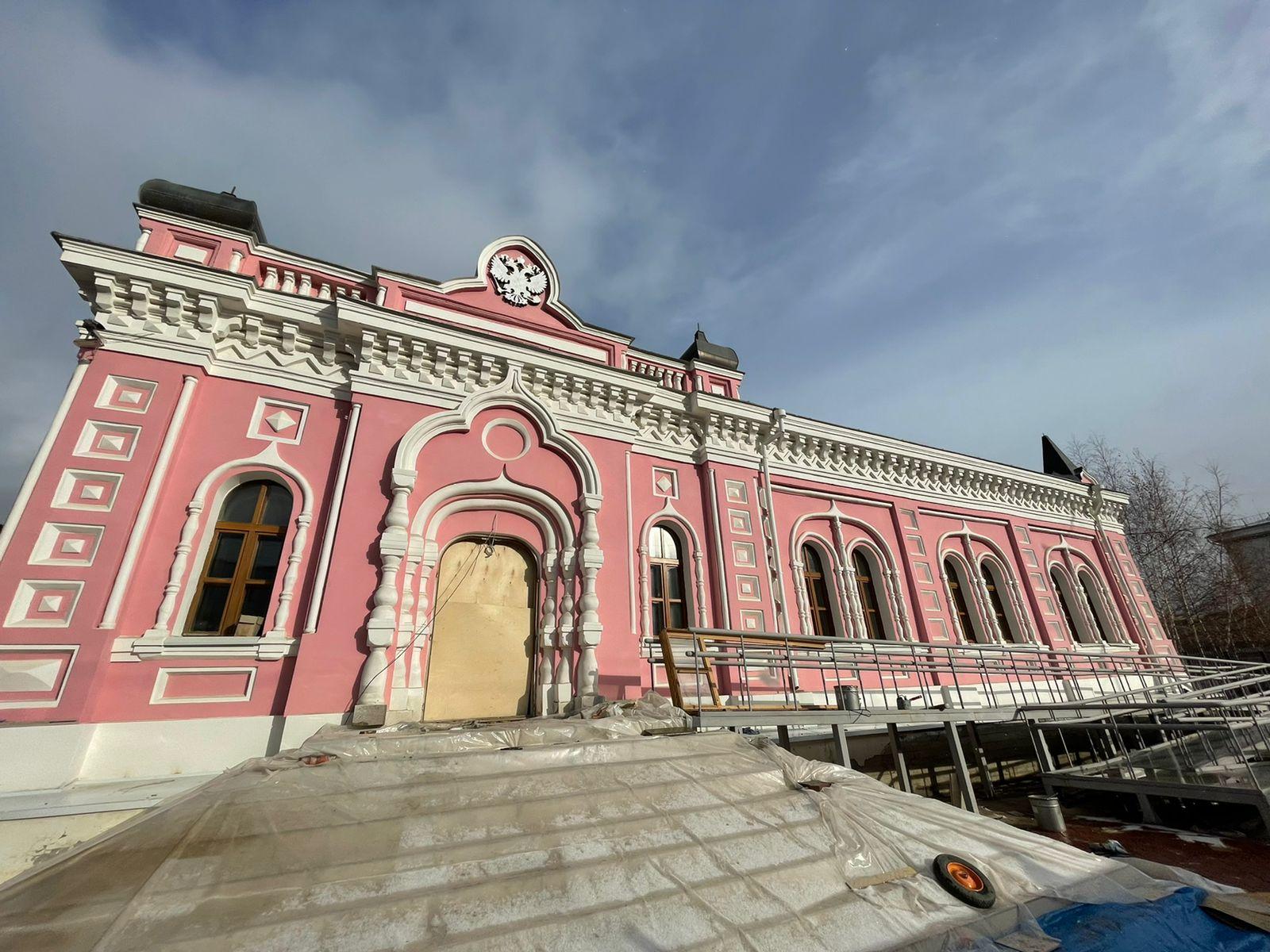 Реставрацию Дома казначейства в Якутске намерены завершить в декабре