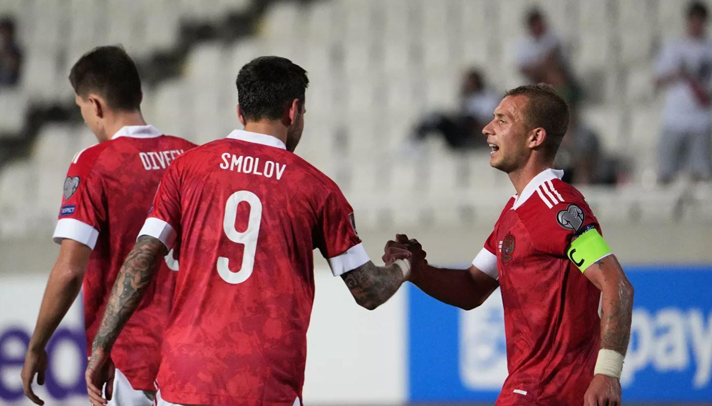 Российские футболисты вышли на первое место в отборочной группе к ЧМ-2022