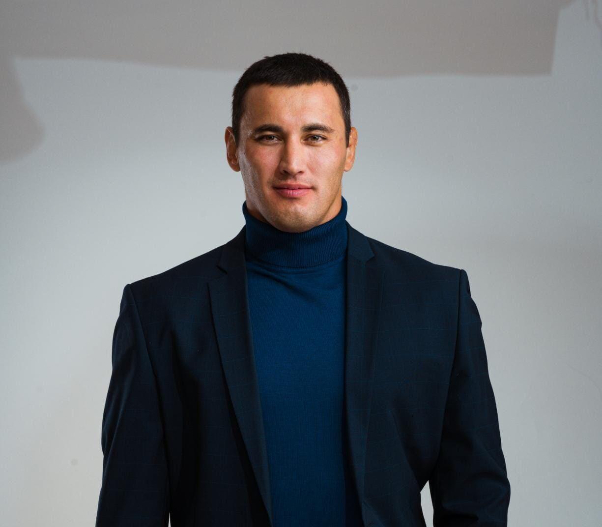 Борец Айаал Лазарев встретится с якутскими студентами в онлайн-формате