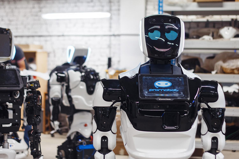 Робот будет вести уроки на якутском языке в техколледже Мирного