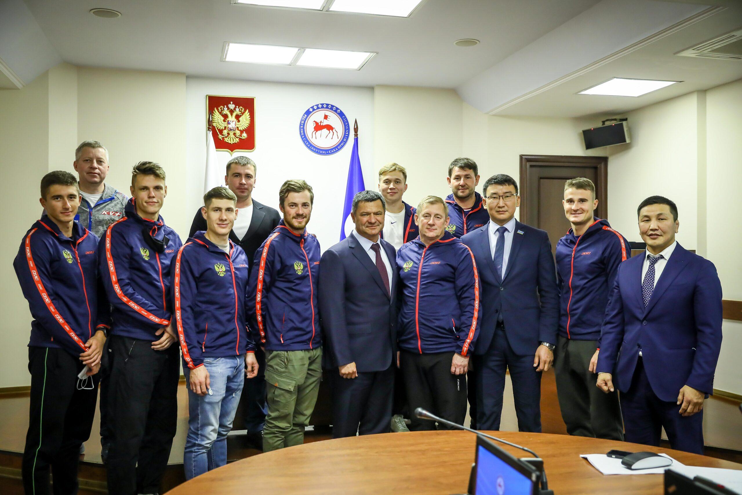 Сборная России по биатлону прибыла на тренировки в Якутию