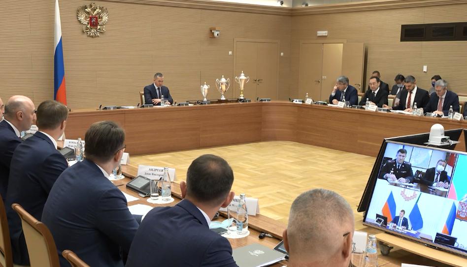 Глава Якутии принял участие в заседании Совета при полпреде президента РФ в ДФО Юрии Трутневе