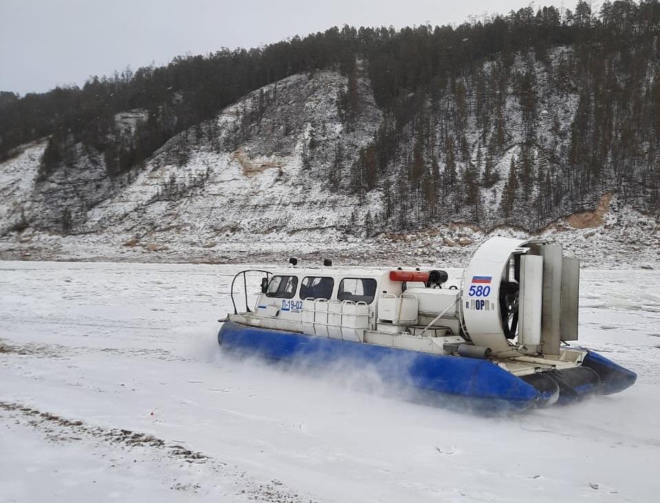 Кислород для больных COVID-19 доставили в Усть-Майский район Якутии